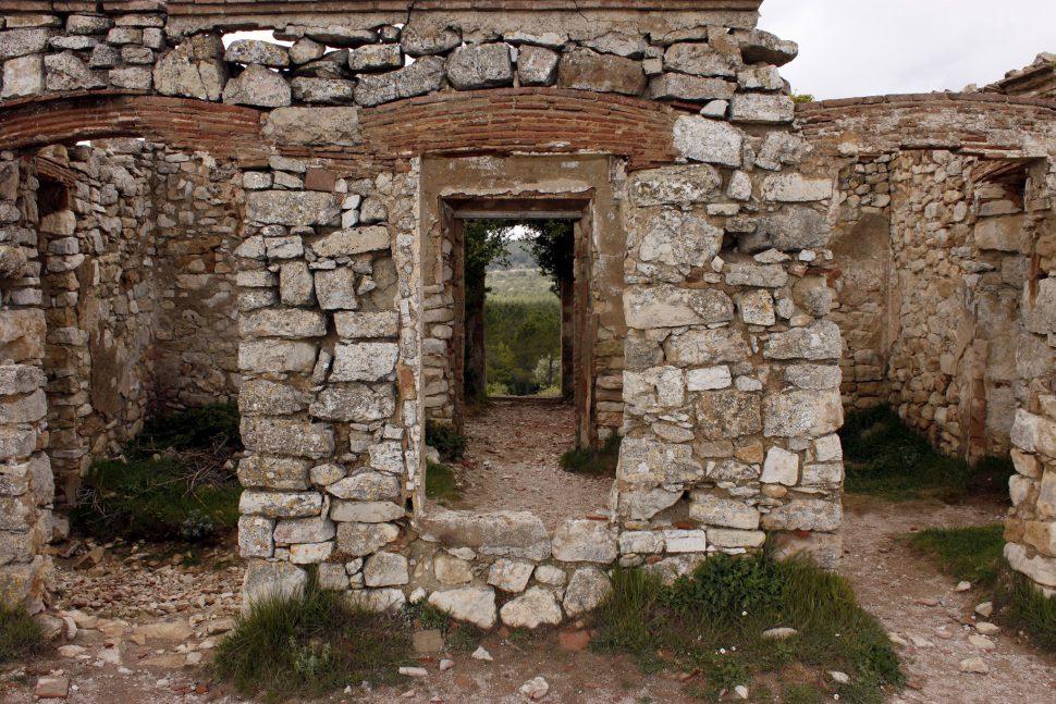 Casa en ruinas en la Mussara. Tarragona