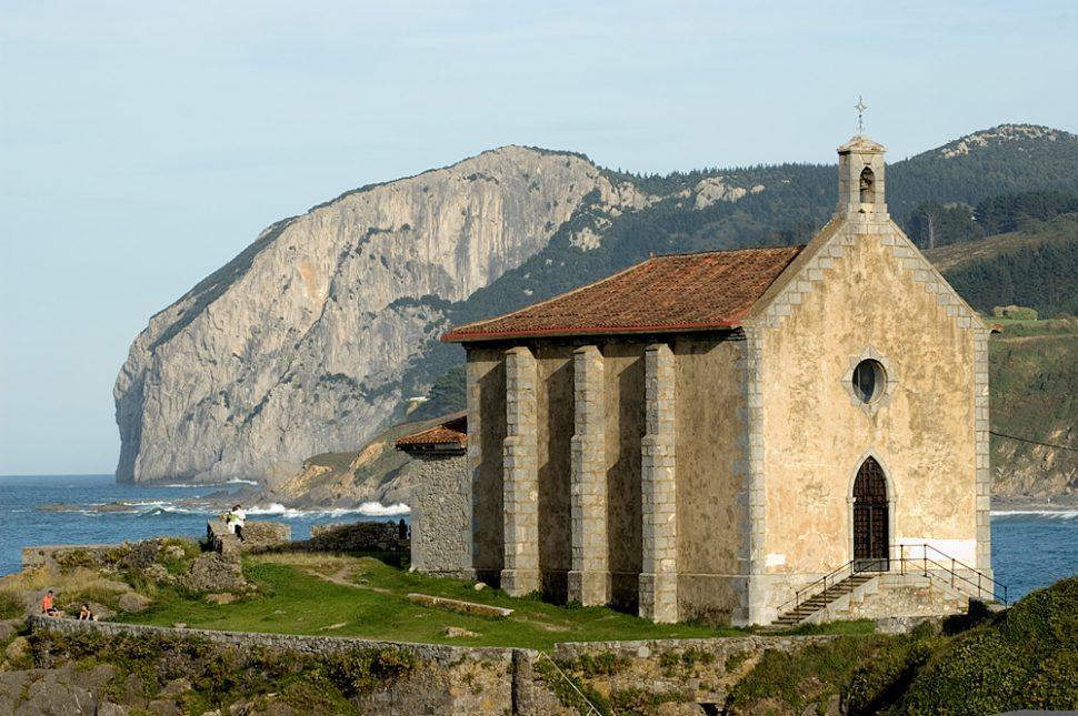 Ermita de Santa Catalina. Turismo Mundaka