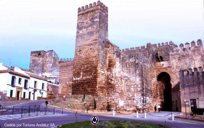 Carmona un museo al aire libre donde viajamos for Puerta de sevilla carmona