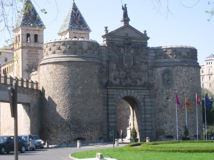 Entrada al recinto histórico de Toledo. Turismo Toledo