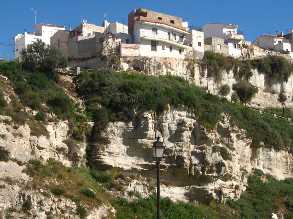 Casas colgantes en Sorbas. Turismo Almería