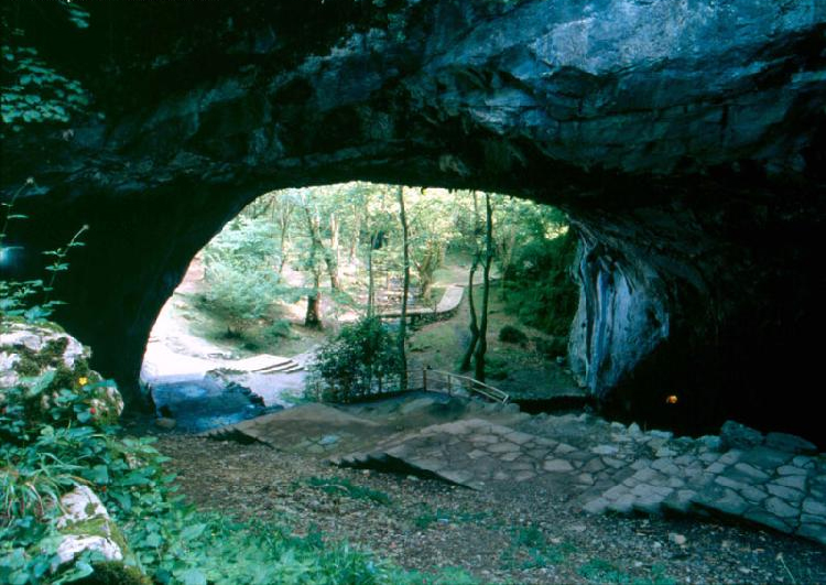 Cuevas de Zugarramurdi. Visitar Navarra