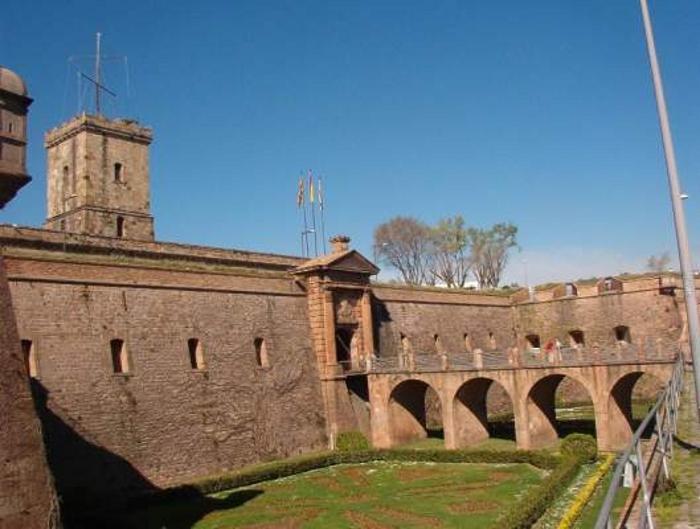 Castillo Montjuic. Turismo Barcelona