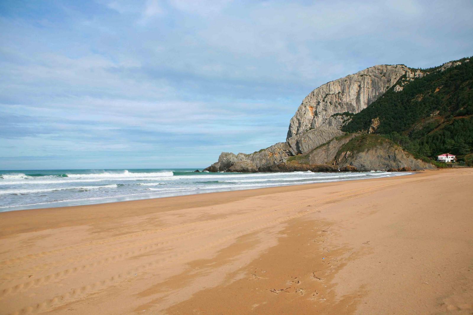 Playa de Laga. Archivo propiedad de Urremendi