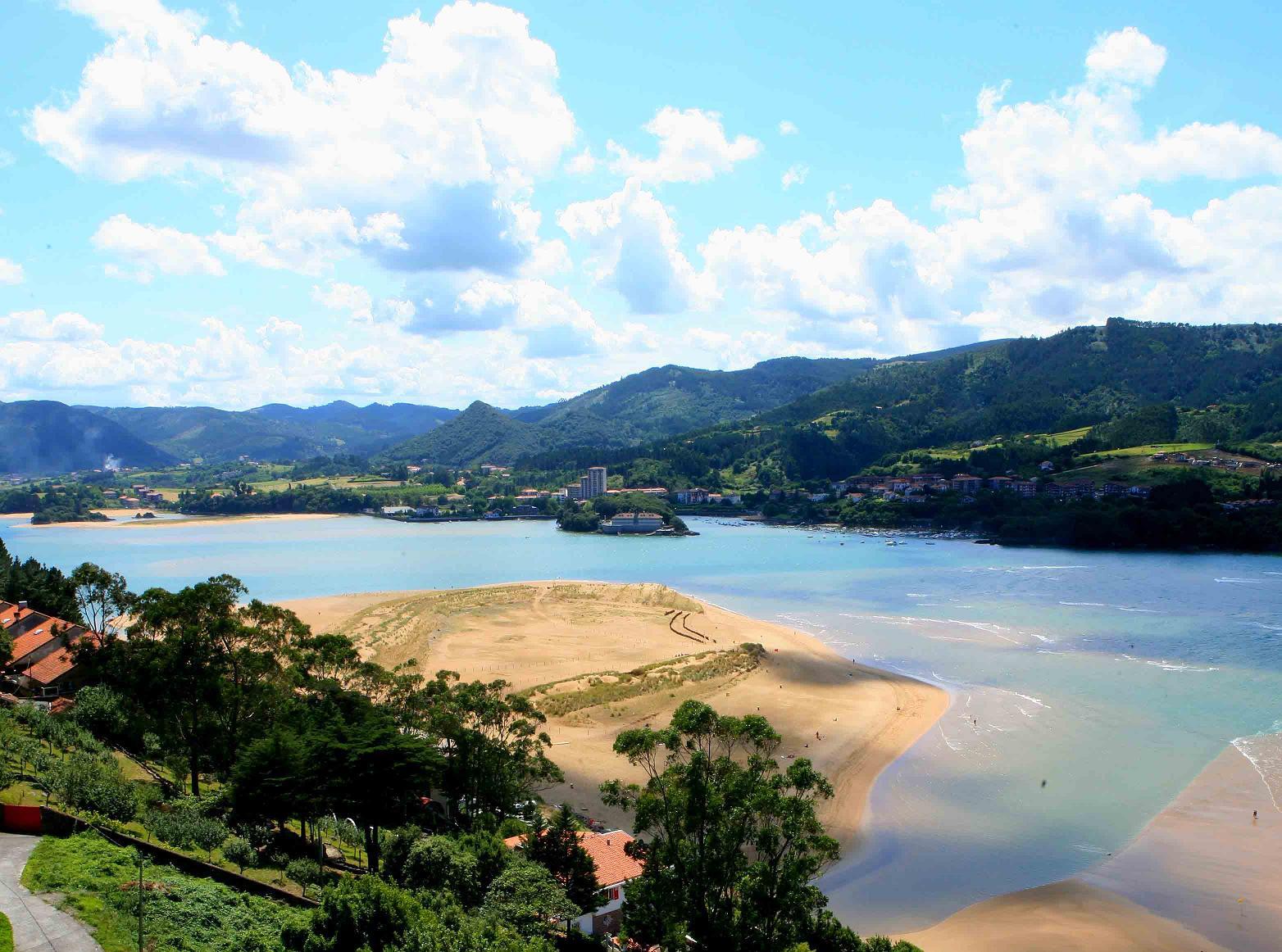 Playa de Laida. Mundaka. Archivo propiedad de Urremendi