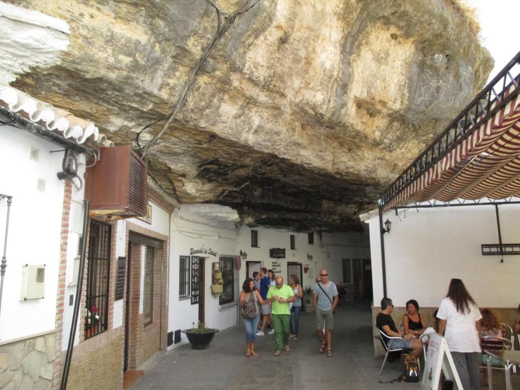 Setenil de las Bodegas. Turismo Cádiz