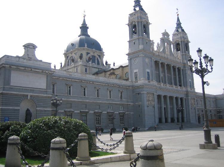 Catedral de la Almudena. Turismo Madrid