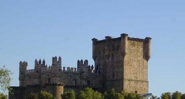 Castillo de Guadamur, bella fortaleza en Toledo