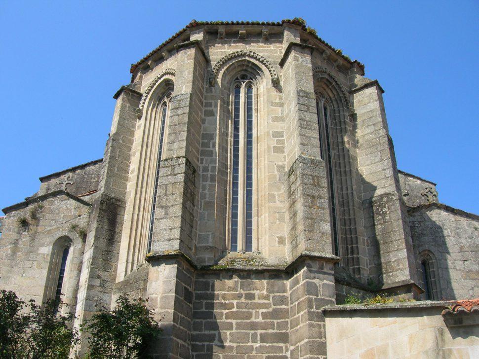 Iglesia Santa María de Azogue. Turismo Galicia