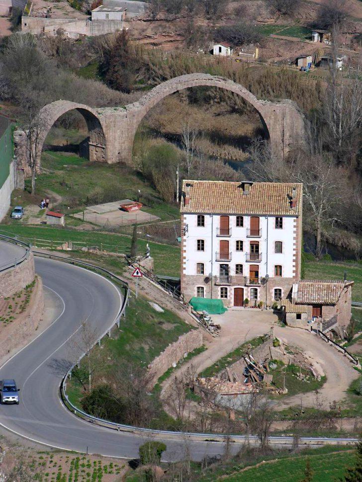 Puente del diablo en Cardona. Turismo Barcelona
