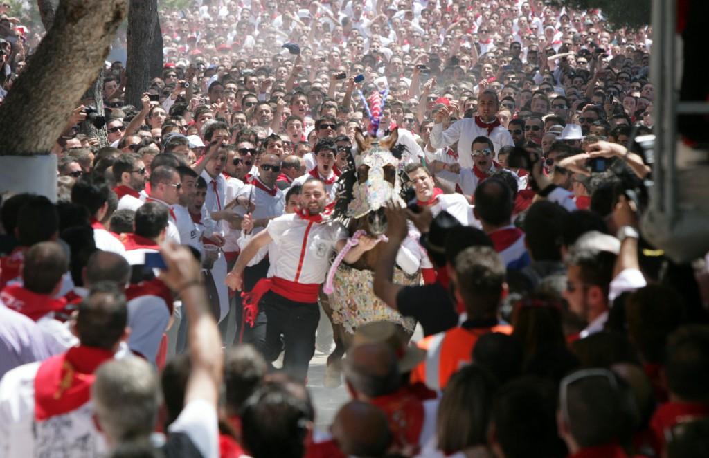 Carreras de Caballos del Vino del 2 de Mayo. Visitar Murcia