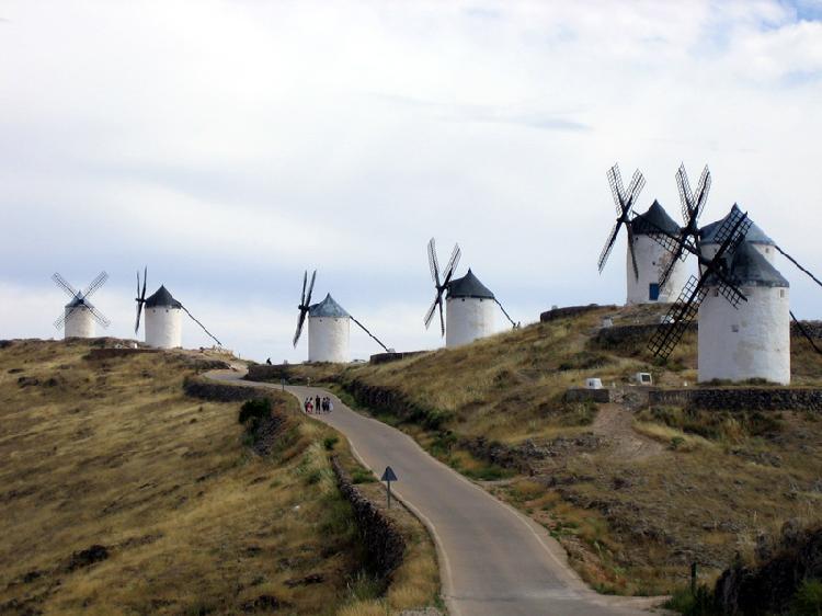 Molinos de Viento en Consuegra. Turismo Toledo