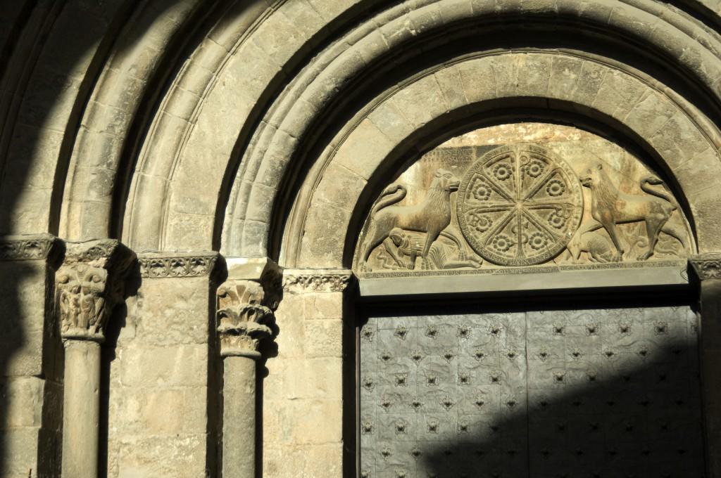 Catedral de San Pedro en Jaca. Fuente Luis Alcaraz. Viajar Huesca
