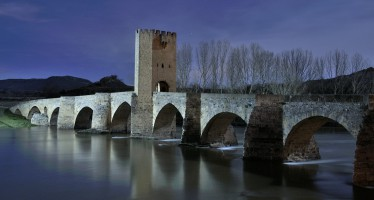 Frías, la ciudad más pequeña de España, en Burgos