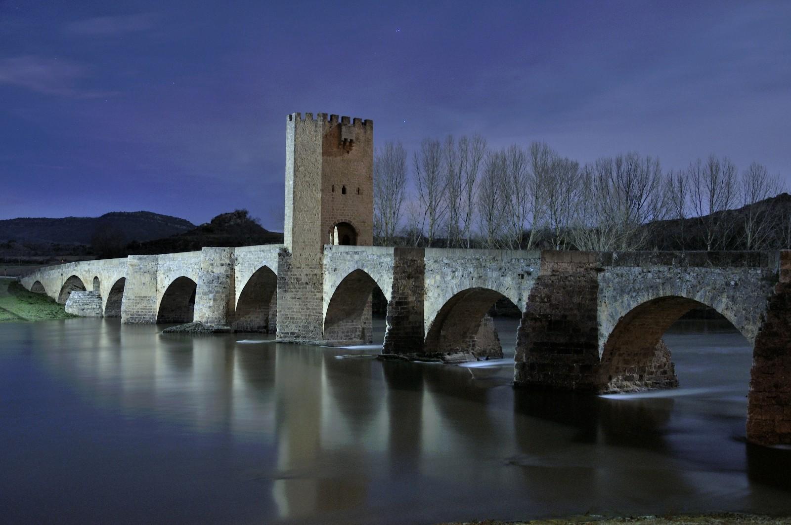 Puente Románico. Visitar Frías Burgos