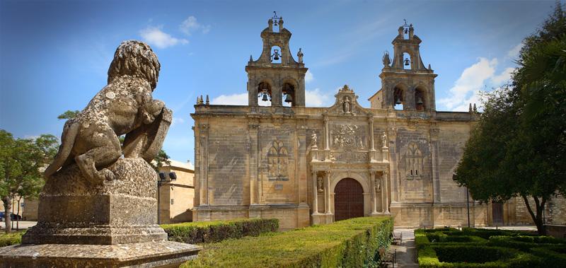 Iglesia de Santa María de los Reales Alcázares. Foto vía Ayuntamiento de Úbeda
