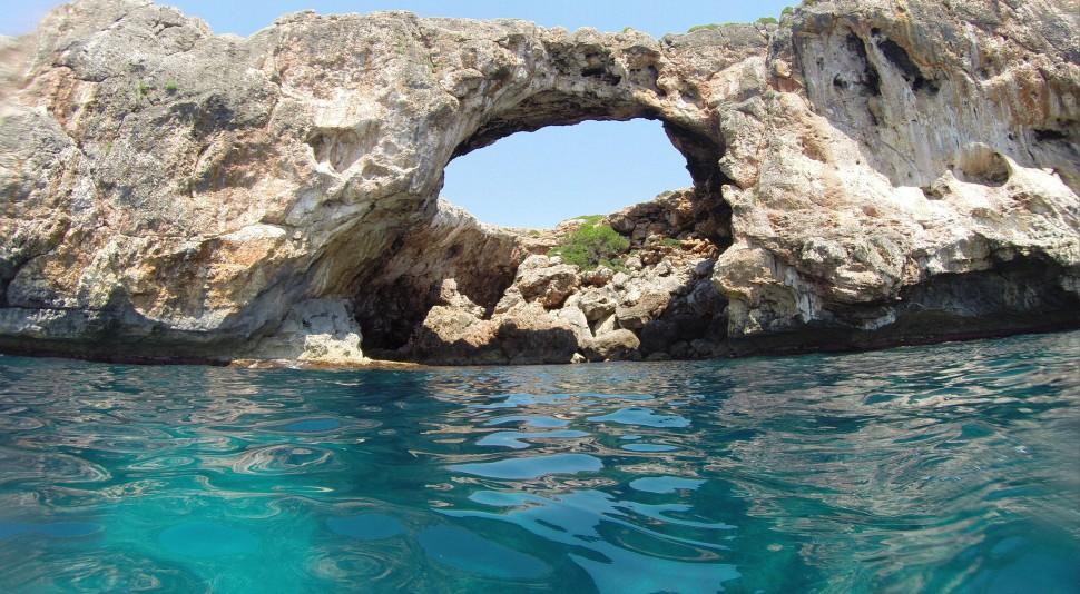 Cala Varques. Las mejores playas de Mallorca. Autor Morfheos