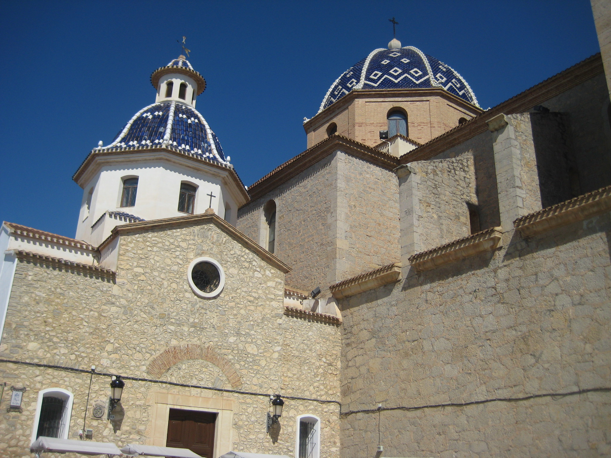 Iglesia de la Virgen de la Consolacion de Altea. Viajar a Altea
