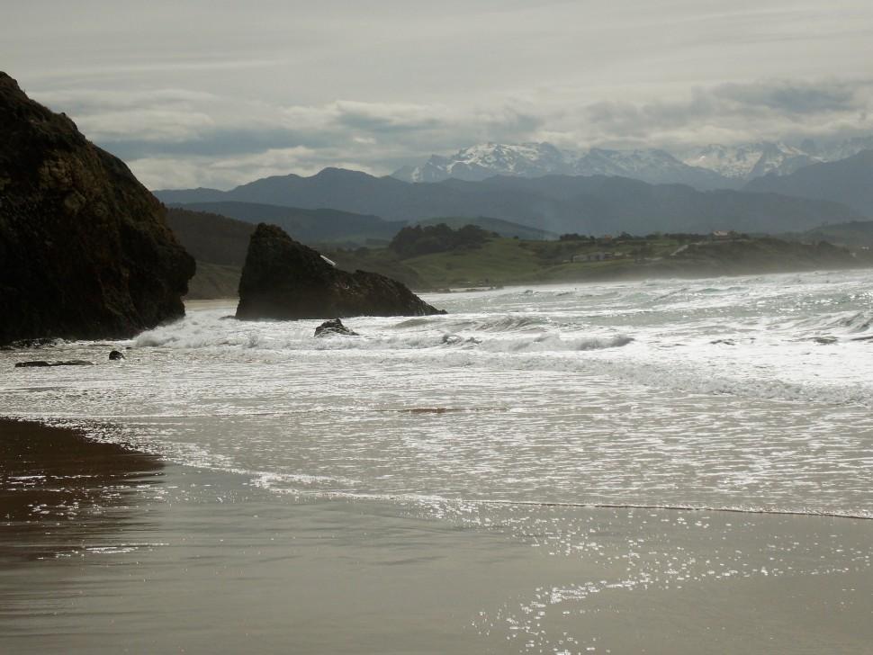 Playa El Merón. San Vicente de la Barquera. Cantabria