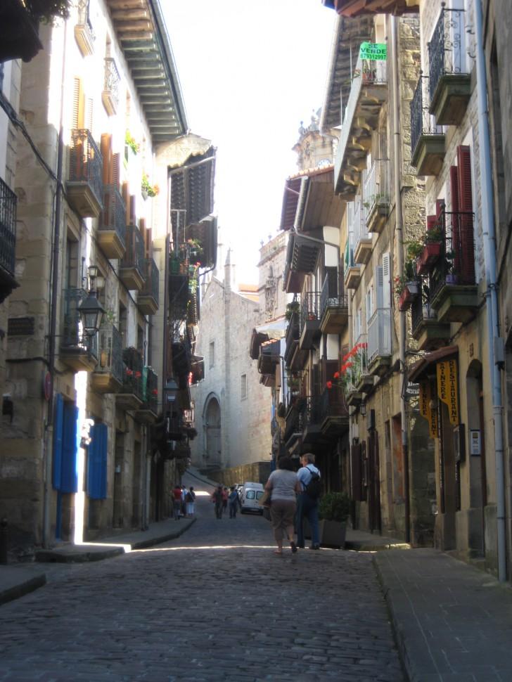 Callejeando por Hondarribia. Viajar a País Vasco