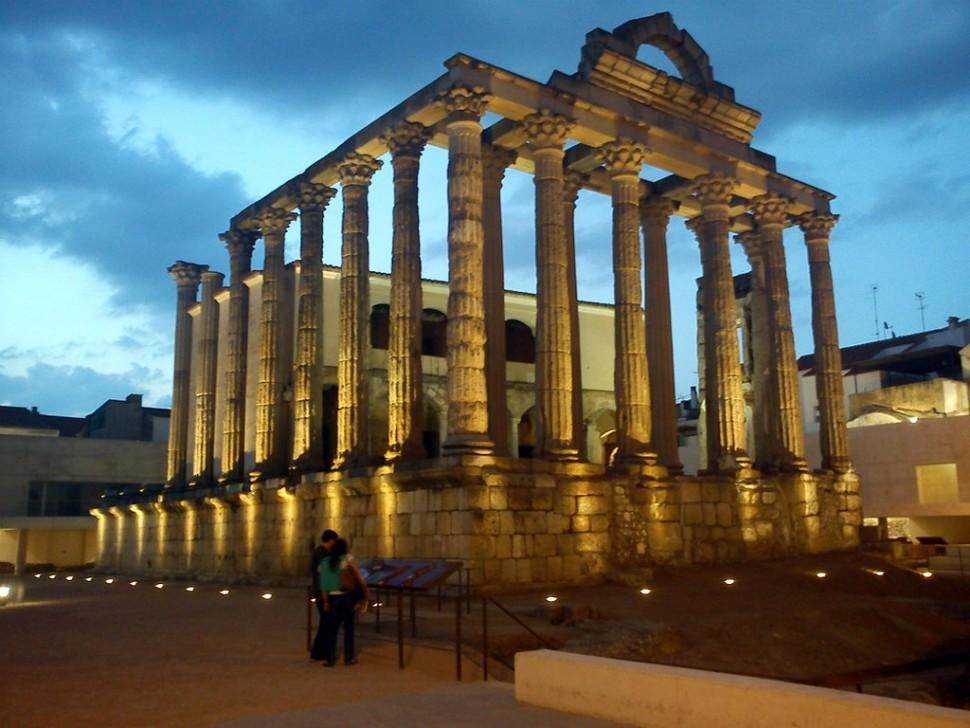 Templo de Diana. Mérida lugares de interés