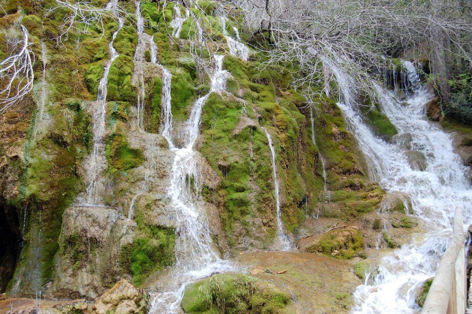 Nacimiento del río Cuervo - Cascadas para bañarse en España
