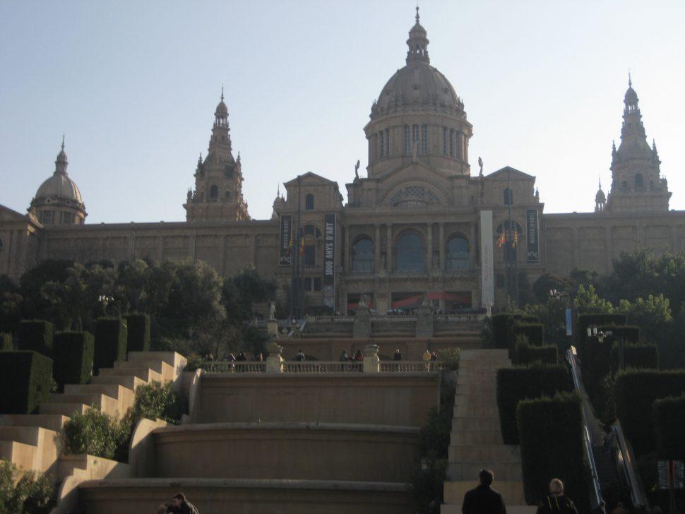 Museo Nacional de Arte de Cataluña. Turismo Barcelona