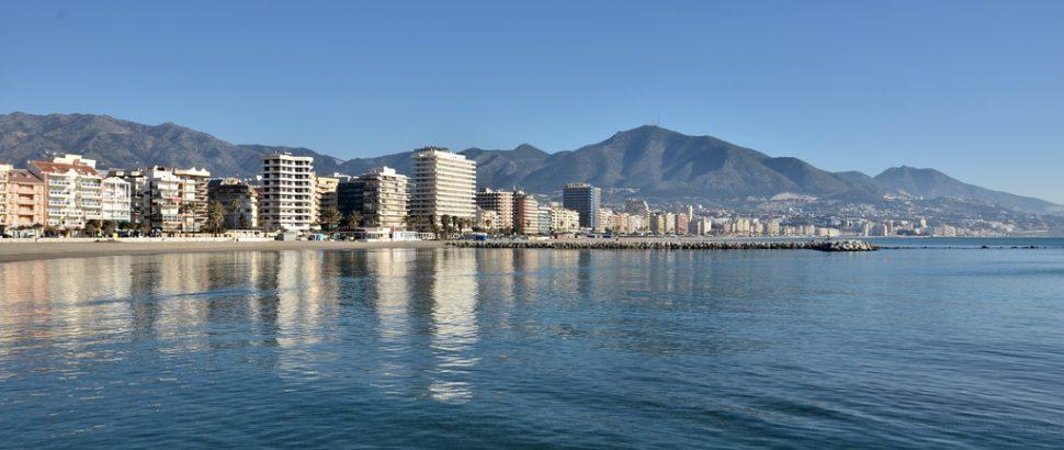 Fuengirola - Málaga Destinos de playa en España para jóvenes