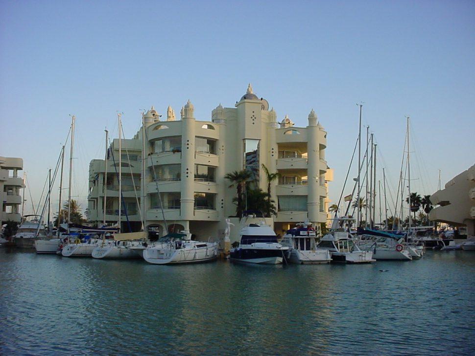 Puerto Deportivo Benalmádena - Málaga - Destinos de playa