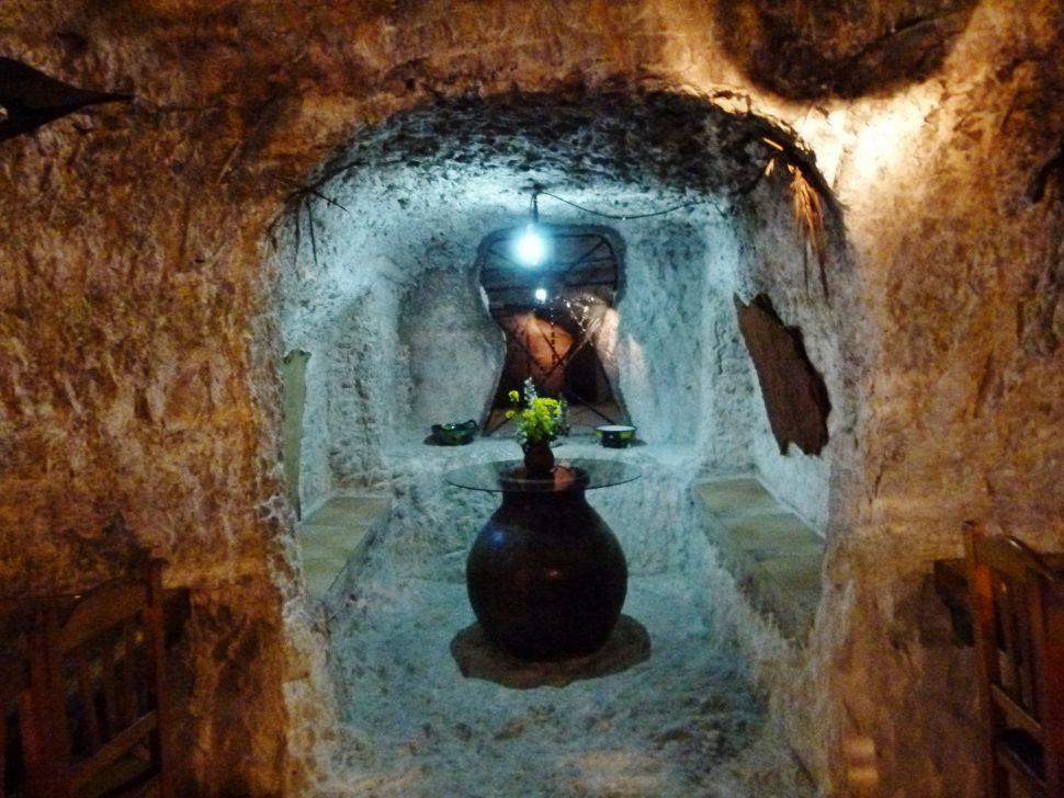 Cuevas del Diablo - Visitar Alcalá del Júcar