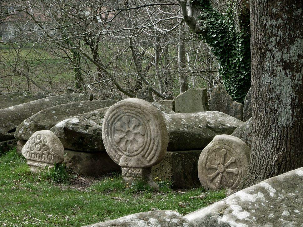 Necrópolis de Argiñeta - Pueblos bonitos del País Vasco
