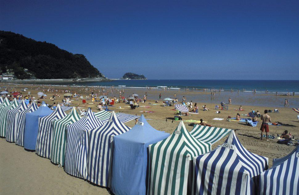 Playa de Zarautz - Pueblos más bonitos de Guipuzcoa - Pueblos bonitos del País Vasco