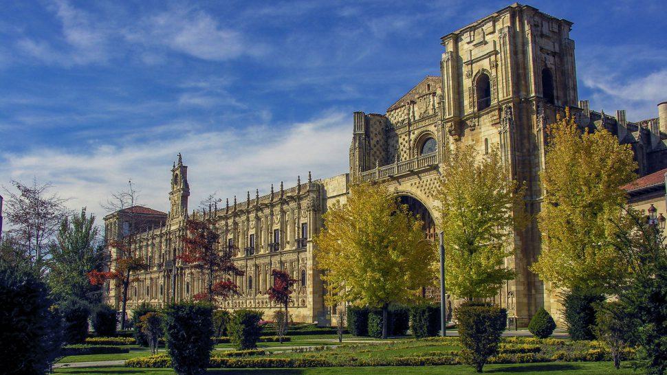 Hostal de San Marcos - Catedral de León - Qué ver en León y alrededores