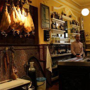 Taberna Vinos 11 - Casa Dani - Tabernas Centenarias Madrid