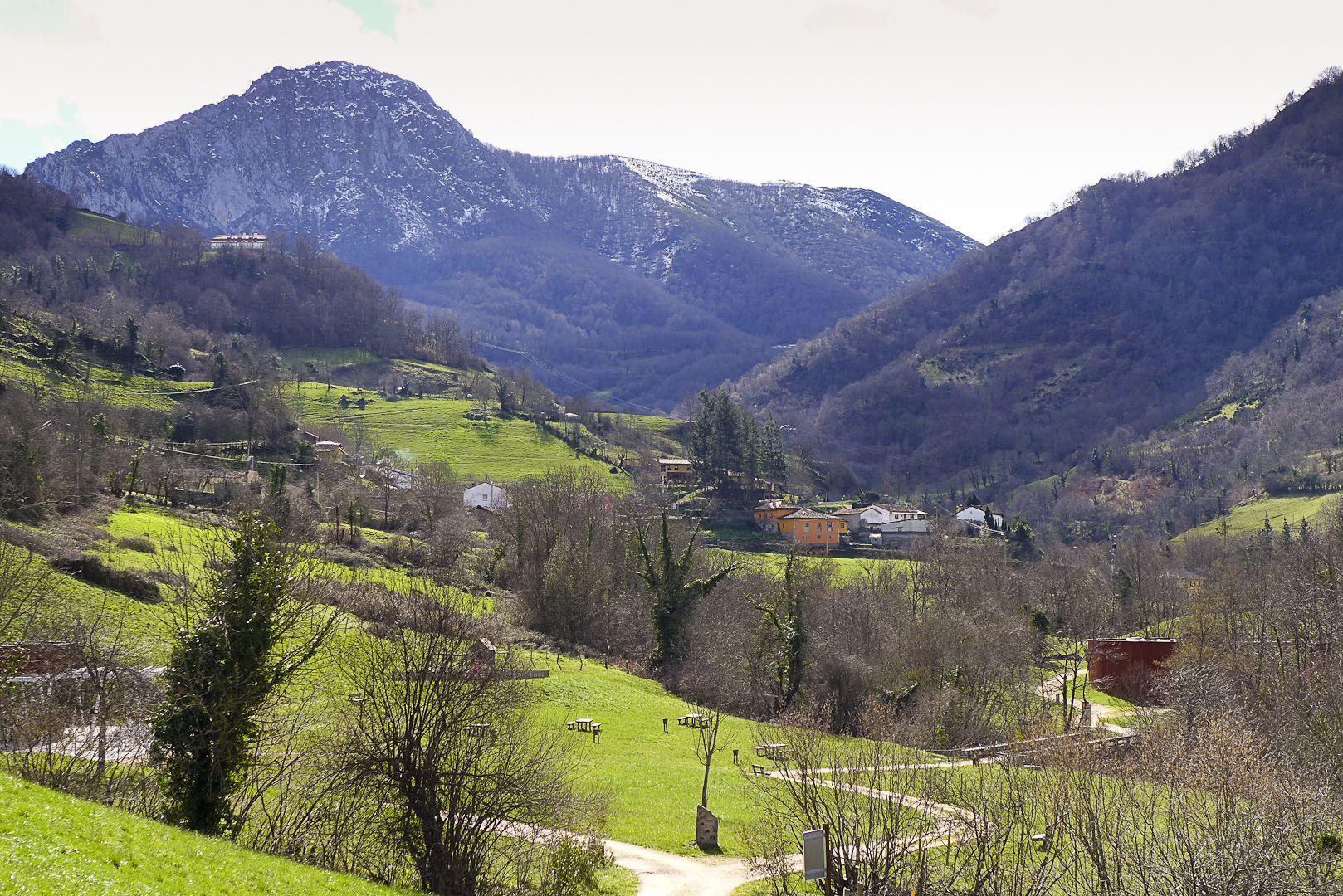 Asturias - Escapada rural en Semana Santa - viajar en furgoneta por el norte de España
