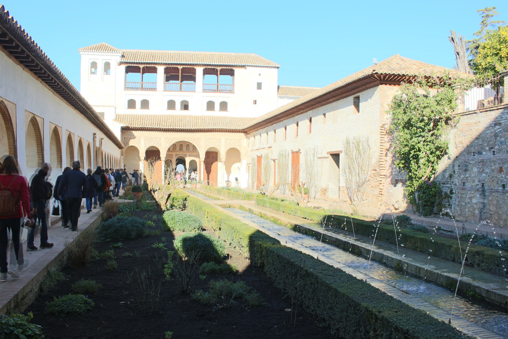 Visitar jardines Generalife - Alhambra - Visitar Granada