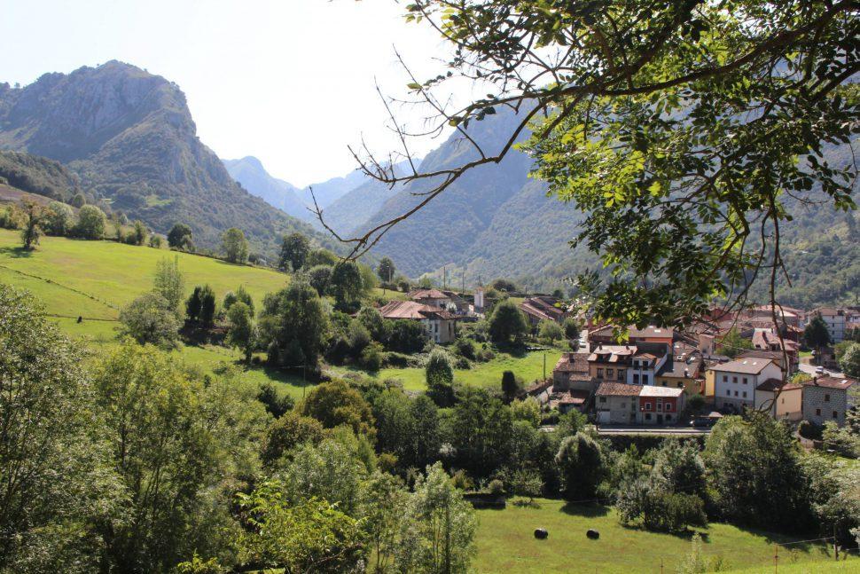 Arenas de Cabrales - planes Asturias