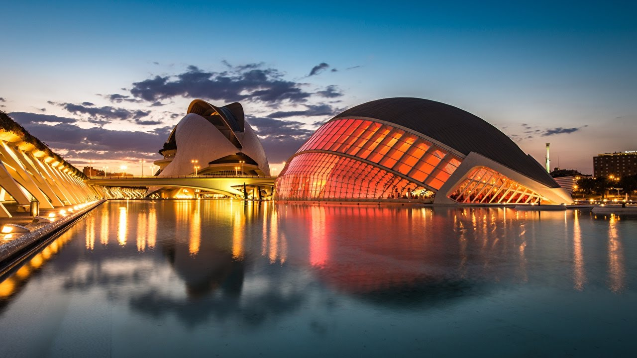 Visitar la Ciudad de las ARtes y las Ciencias - planes en Valencia